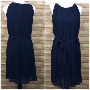 Dresses & Skirts - Bäcio Beautiful 100% Polyester Pleaded Dress sz M